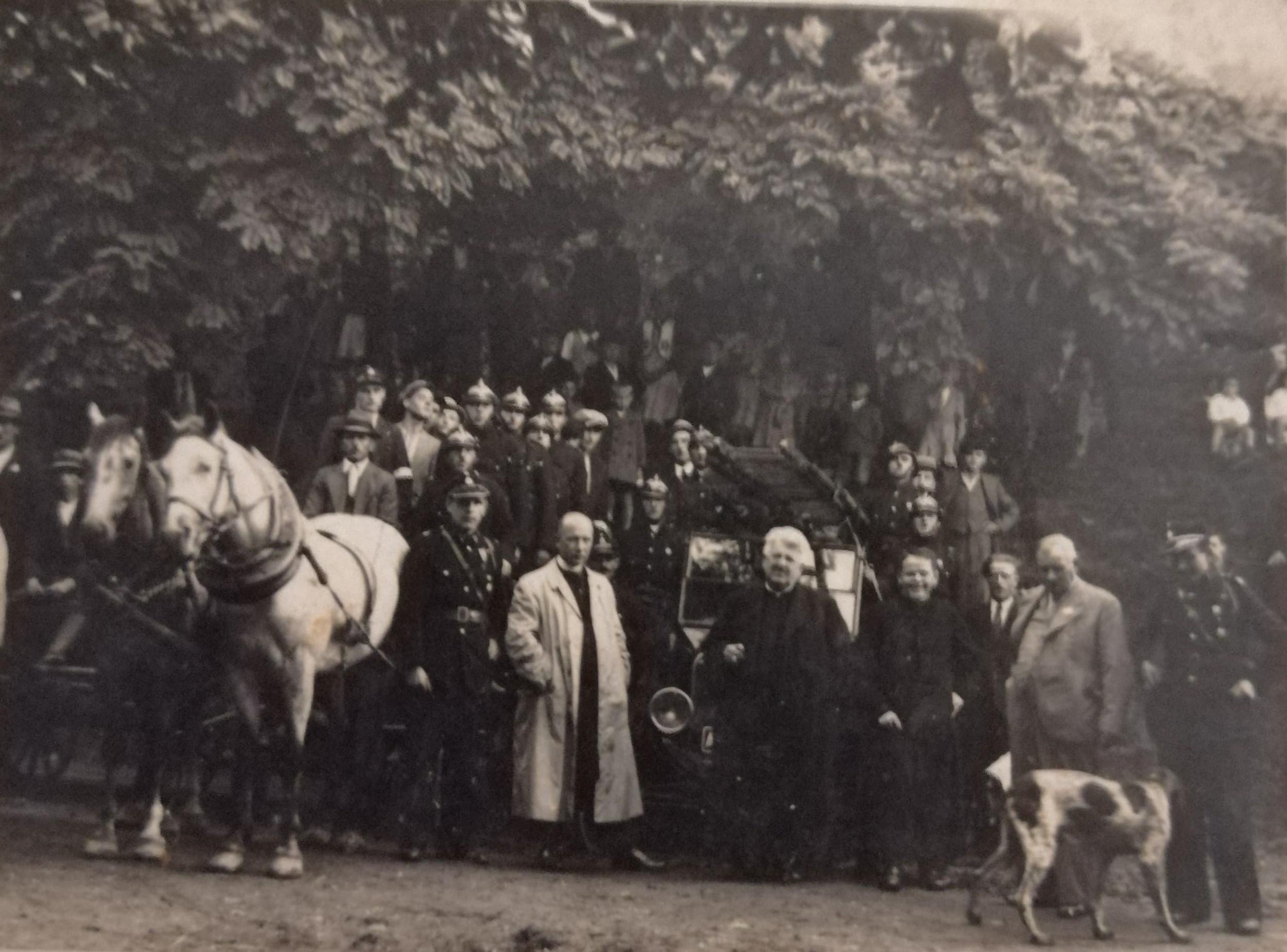 1930 strażacki wóż konny, Mirek Franciszek (proboszcz) Tegel Rudolf